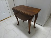 End Table / Tables in Elgin, Illinois