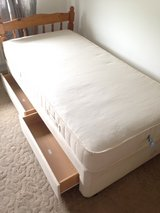 Single Bed (Tempura mattress) in Lakenheath, UK