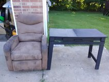 Rocker/Recliner and Small Desk in Clarksville, Tennessee