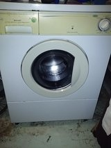 Frigidaire front loading Washer in Orland Park, Illinois