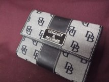 Dooney and Bourke Wallet in Alamogordo, New Mexico