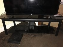 Tv stand in Orland Park, Illinois