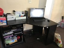 Large desk in Orland Park, Illinois