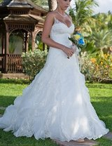 Stunning Casablanca Bridal Gown in Spring, Texas