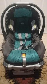 Chicco KeyFit 30 Infant Car Seat with Base in Nellis AFB, Nevada