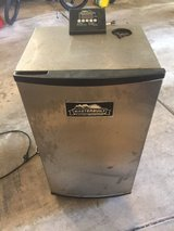 "Masterbuilt 30"" Stainless Steel Electric Smoker in Lockport, Illinois"