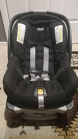 Chicco KeyFit Infant Car Seat, with Base in Nellis AFB, Nevada