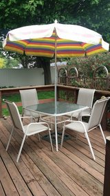 patio table and chairs in Yorkville, Illinois