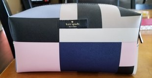 Kate spade cosmetic bag in Joliet, Illinois