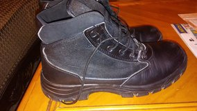 Mens Steel Toed Boots Size 11 in El Paso, Texas