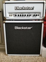 Blackstar HT 5r White Head and Cab Combo (4 Cables, Footswitch, and Power Cord) in Kingwood, Texas