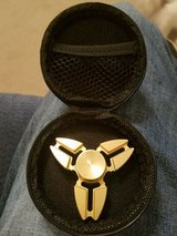 METAL GOLD FIDGET SPINNER IN CASE in Fort Campbell, Kentucky