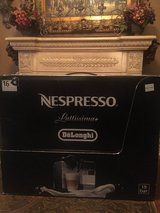 Price DROP, 1st come gets it! Nepresso, Coach, Lighted mirrors, in Baytown, Texas