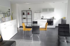 fully furnished serviced apartment – 3 rooms – calm neighborhood – 2 min to Highway 8 in Stuttgart, GE