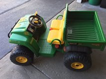 John Deere Peg Perego Gator - Riding Toy in Algonquin, Illinois