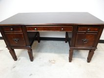 Classic Style Desk in Pearland, Texas