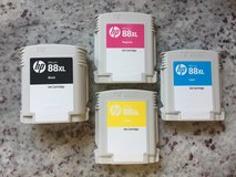 HP 88XL Ink Cartridges 30% off and basically NEW! in Glendale Heights, Illinois