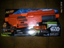 BNIB Star Wars Nerf Glow Gun in Ramstein, Germany