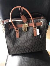 Michael kors Hamilton purse new in Geilenkirchen, GE