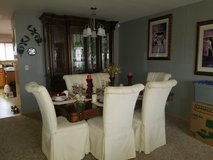 Complete Dining Room Set in Naperville, Illinois