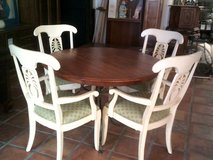Ethan Allen Circular Table and 4 Pineapple Chairs in Alamogordo, New Mexico