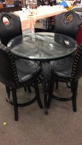 Table (New) / Set of 4 Bar Stools (New) in Fort Leonard Wood, Missouri