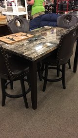 Brown Table (New) / Set of 4 Bar Stools (New) in Fort Leonard Wood, Missouri