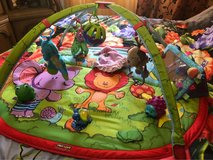 XXL Play May for baby ,loaded with toys in Ramstein, Germany