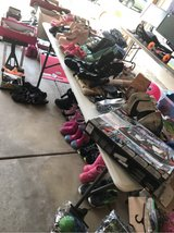 GARGE SALE TODAY in Plainfield, Illinois