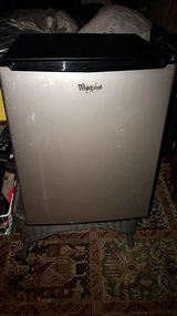 whirlpool mini fridge in Naperville, Illinois