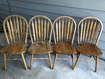 4 chairs in Lawton, Oklahoma
