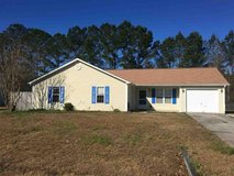 For Rent - 802 Pine Valley Court in Camp Lejeune, North Carolina