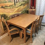 Expandable Dining Table w/4 Chairs in Warner Robins, Georgia