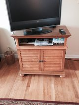 Tv stand in Wheaton, Illinois