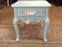 Shabby Chic Thomasville Side Table w/Drawer in Kingwood, Texas
