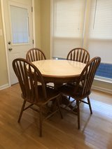 Kitchenette table and four chairs in Pensacola, Florida