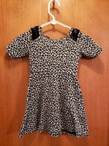 girls sz. 6/6x animal print dress in Shorewood, Illinois