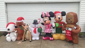 Christmas NIB projectors & inflatables!!! in Fort Campbell, Kentucky