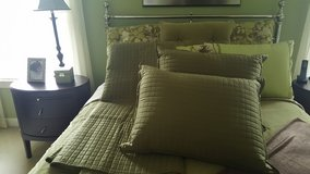 Comforters sets and linens in Fort Belvoir, Virginia