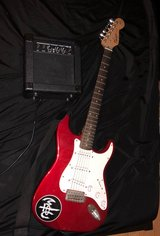 Fender squier strat with amp in Lawton, Oklahoma