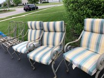 patio chairs in Naperville, Illinois