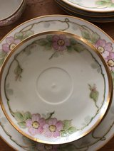 Antique China in Orland Park, Illinois
