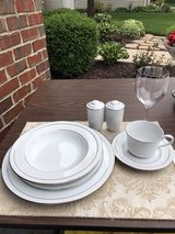Noritake Stoneleigh 6 place China set in Naperville, Illinois