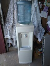 oasis cold water cooler 5 gallon in Fort Bliss, Texas