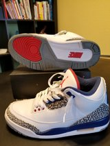 Air Jordan retro 3 OG True Blue in Oceanside, California