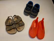 Toddler boy size 5 shoes in Naperville, Illinois
