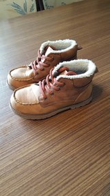 OshKosh boots size 10 in Ramstein, Germany