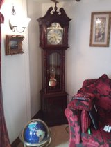ANTIQUE /PERIOD/REPRODUCTION FURNITURE FROM 5 BEDROOMED BARN in Lakenheath, UK