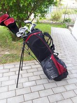 Club set with tees and over 40 balls in Grafenwoehr, GE