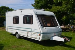 4 Berth Caravan, Swift Signature  17/4 2001 No Damp ,motor mover, alloy wheels and an alko hitch... in Lakenheath, UK